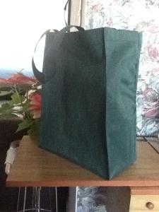 bolsa ecologica color aguacate con fuelle