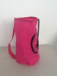 bolsa ecologica color fiusha con jareta integrada