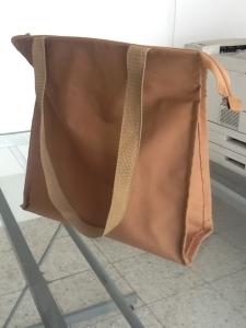 Bolsas de Poliester Cafe no ecologicas con cintillo